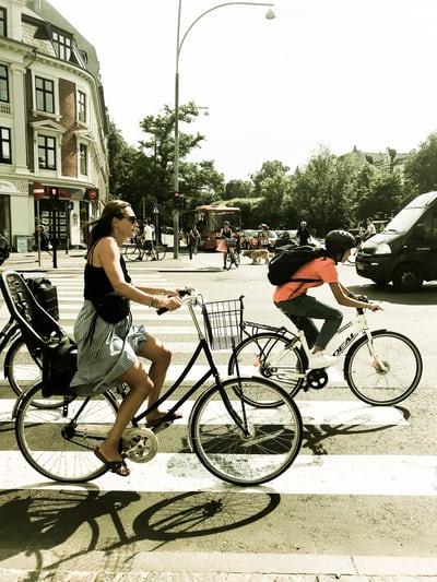 bersepeda ria di jalan kopenhagen
