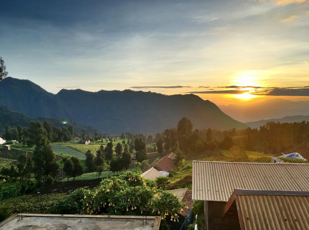pemandangan matahari terbit yang indahdari